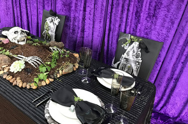 Charlotte Farm/Grave to Table 2018 Halloween Tabletop Design