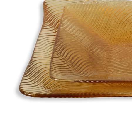 Wavy Amber Glass Pattern