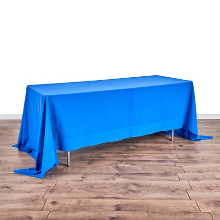 "Banquet Table 6' x 30"" with 72"" x 144"" Linens"